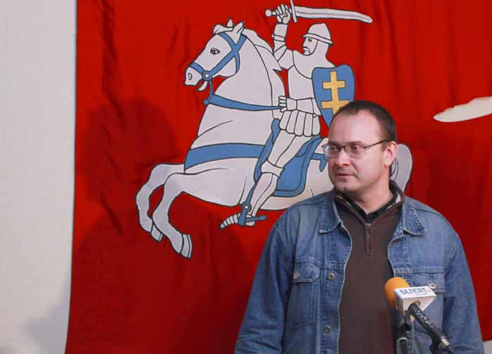 В офисе «За Свободу» Алесь МИХАЛЕВИЧ дал первую пресс-конференцию.