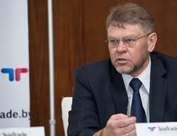 Михаил Грачев: возможно, правительству и Нацбанку следовало бы более оперативно реагировать на те вызовы, которые есть вокруг нас.