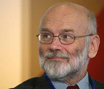Марек ДОМБРОВСКИ: ситуация в Беларуси и вокруг нее заставляет руководство страны проводить структурные реформы.