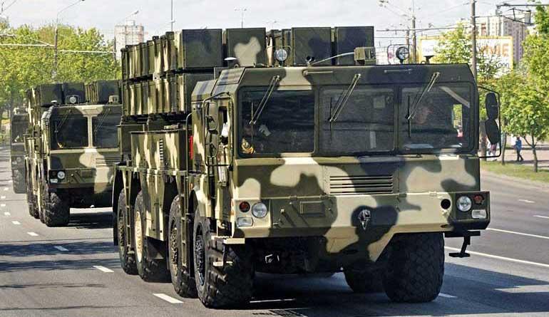 В условиях Европейского ТВД залп корректируемых реактивных снарядов РСЗО «Полонез» по эффективности будет в несколько раз превышать возможный залп ОТРК «Искандер-М».