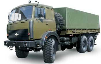Полноприводной МАЗ-6317 (6×6) был создан по техническим условиям Министерства обороны СССР.