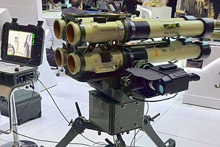«Нашшаб-кватро» представляет собой счетверенный гранатомет «Нашшаб» на мобильной платформе.