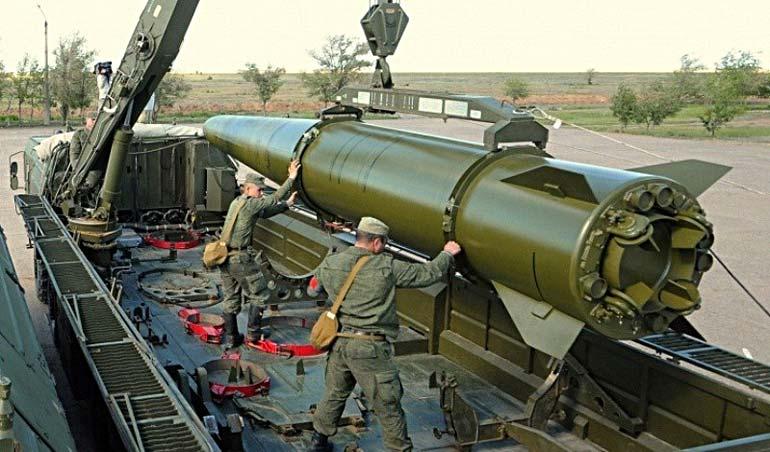 Несмотря на имеющиеся противоречия между союзниками, в российском руководстве рассчитывают в случае необходимости перебросить ОТРК «Искандер-М» на территорию РБ вместе с российским персоналом.