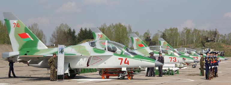 По своим летно-техническим и маневренным характеристикам Як-130 близок к показателям современных истребителей на дозвуковой скорости полета.  Фото irkut.com