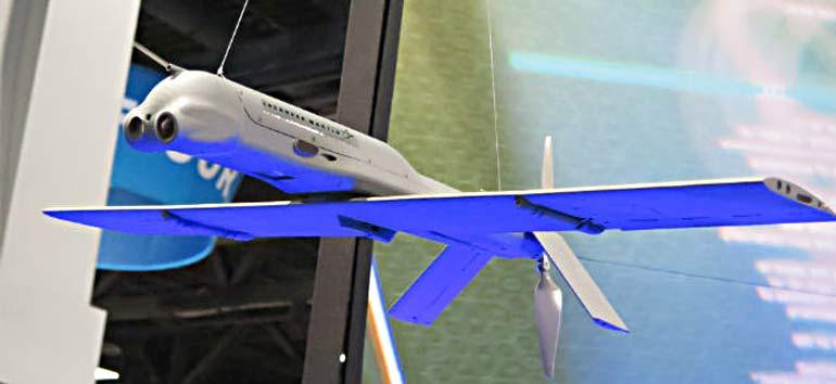 В головной части БЛА Terminator устанавливается двухканальная система наблюдения. Фото flightglobal.com