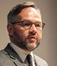 Михаэль РОТ: цель выставки состоит в том, чтобы укоренить Тростенец в общественном сознании как общеевропейское место памяти о совершенных здесь преступлениях. Фото dw.com